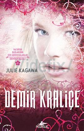 Demir Kraliçe – Julie Kagawa ePub eBook Download PDF e-Kitap indir